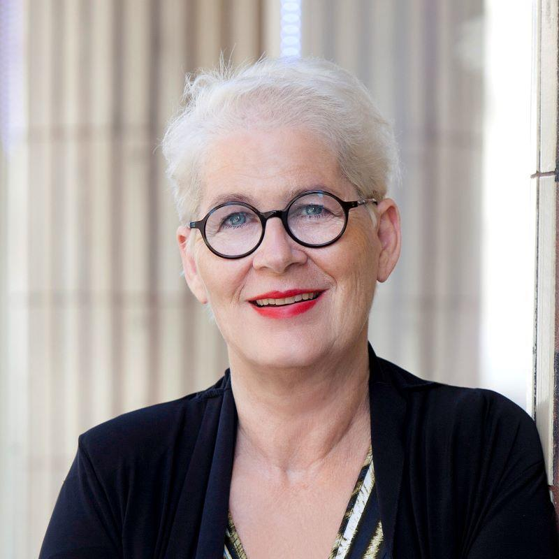 Andrea Griebler, - Leiterin Projekt eVergabe