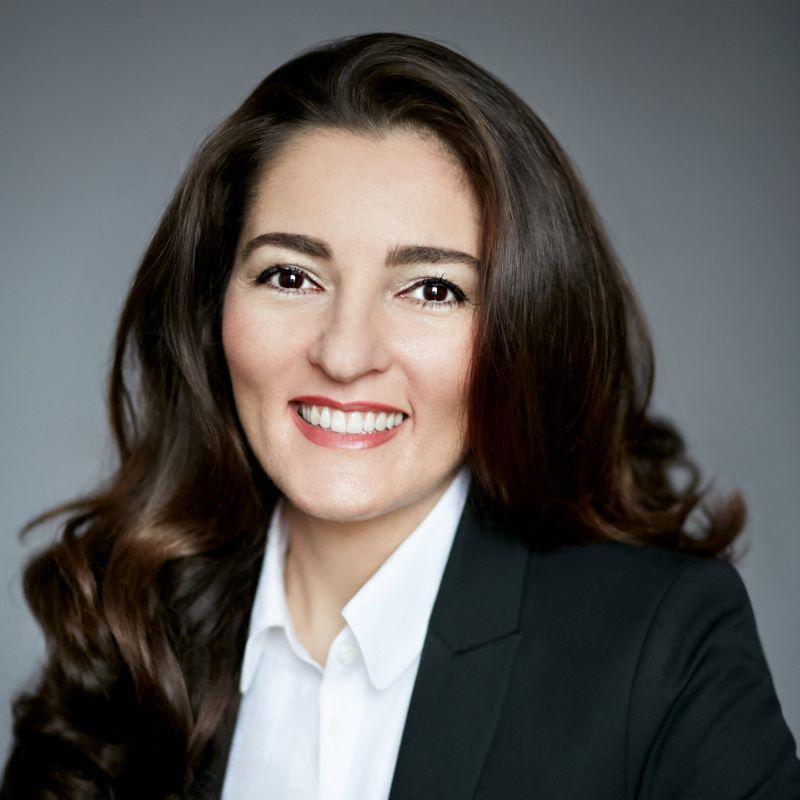 Prof. h. c. Dr. Chirine Etezadzadeh, - SmartCity.institute