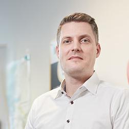 Dr. Stefan Döring