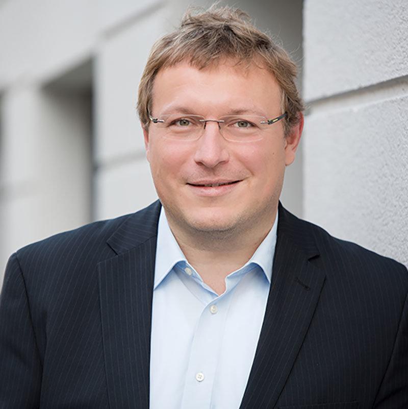 Dr. Tobias Klug, - Geschäftsbereichsleiter Architektur und Projektmanagement, it@M