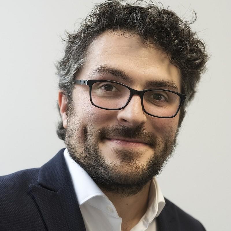 Dragos Stana, - eMBA Student Business & IT an der TU München