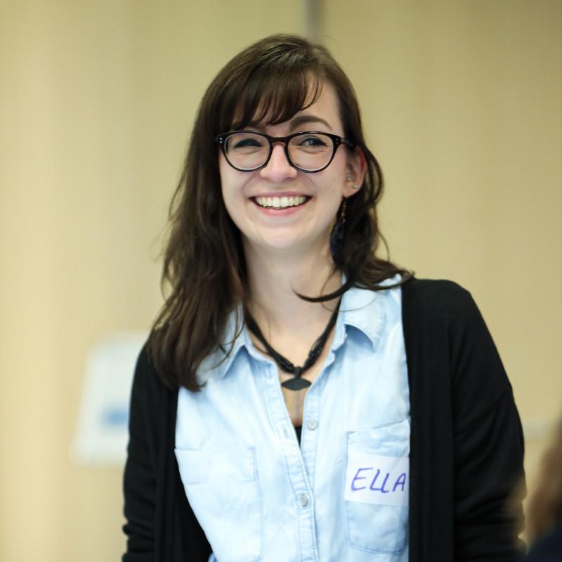 Ella Hiesch - Duale Studentin Wirtschaftsinformatik