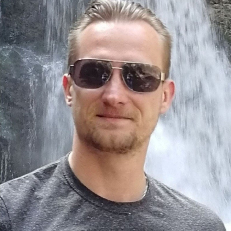 Andy Hofmann, - Mitarbeiter in der Werkstatt des AWM