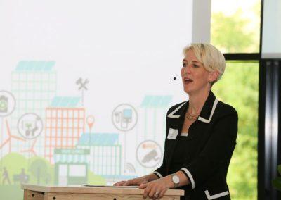 Bürgermeisterin Katrin Habenschaden begrüsst zur Verleihung des Innovationspreis 2021