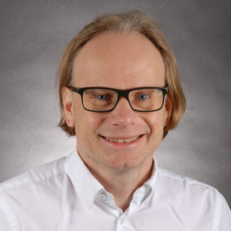 Dr. Mark Menzel, - Testmanager bei it@M