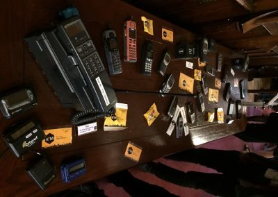 Diverse Geräte der Mobilfunk-Technik