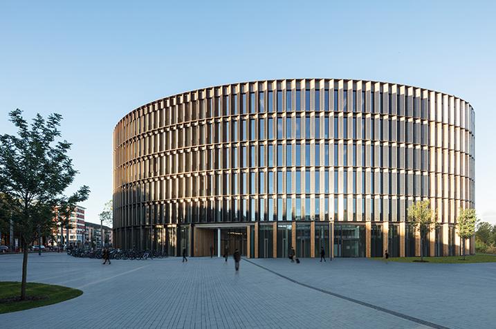 Rathaus im Stühlinger, Foto: ingenhoven architects/HGEsch