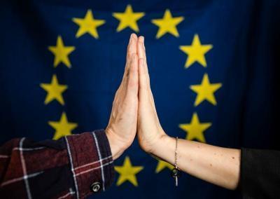 EU-Impulse für die Stadtentwicklung: gemeinwohlorientiert und partizipativ<br><div class='yasr-stars-title yasr-rater-stars-visitor-votes yasr-star-rating' id='yasr-visitor-votes-readonly-rater-efed0031c0e36' data-rating='4.6' data-rater-starsize='16' data-rater-postid='31161' data-rater-readonly='true' data-readonly-attribute='true' data-cpt='' style='width: 80px; height: 16px; background-size: 16px;'><div class='yasr-star-value' style='background-size: 16px auto; width: 100%;'></div></div><span class='yasr-stars-title-average'>4.6 (5)</span>