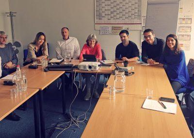 Mehr KI für München: Forschungskooperation mit der LMU gestartet