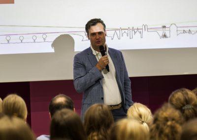 Personalreferent Dr. Alexander Dietrich begrüßt auf dem FutureCamp18