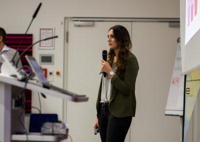 Lisa Zech moderiert auf dem FutureCamp 2018