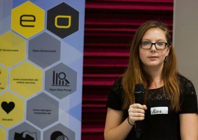 Alina Völkl moderiert auf dem FutureCamp 2018