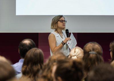 Laura Drexler pitcht ihre Idee auf dem FutureCamp 2018