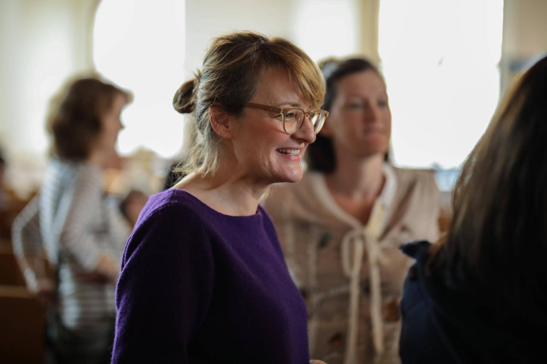 Eine Teilnehmende lächelt auf dem OGTM 2018