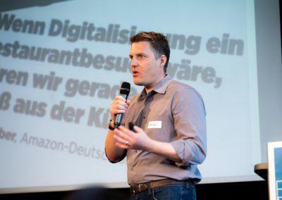 Dr. Stefan Döring moderiert das Barcamp #MucGov18