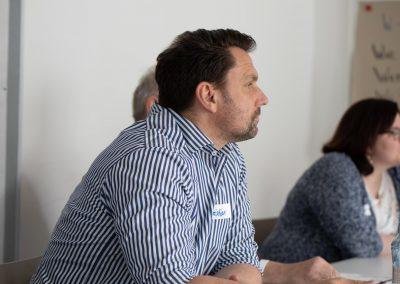 Kollege Christian Beyer lauscht den Ideen der Bürgerschaft beim Barcamp #MucGov18
